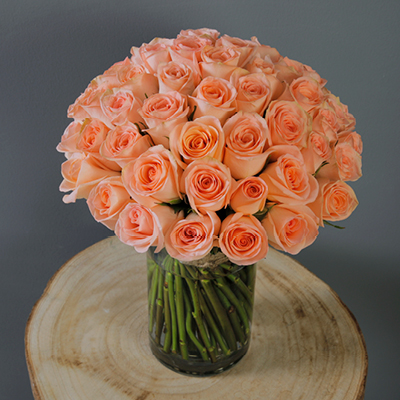 Flowers With Vase delivery across Qatar