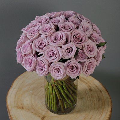 Flowers With Vase Combo delivery across Qatar